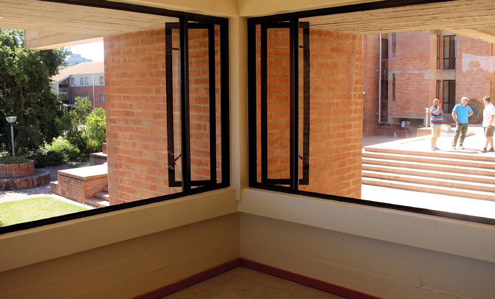 Ufs Rhodes Residence Acorn Construction